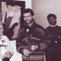 1991_galerija_BALTA_Meno_bibliotekoje_Klaipėdoje_Teresės_Jankauskaitės_ir_Liudviko_Natalevičiaus_parodos_atidaryme._Valiaus_Puloko_archyvas.JPG
