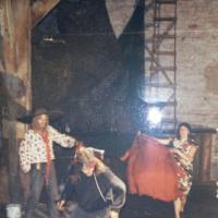 1993_m_Prieplaukoje_Balti_debesu_namai_Rusio_FB.jpg